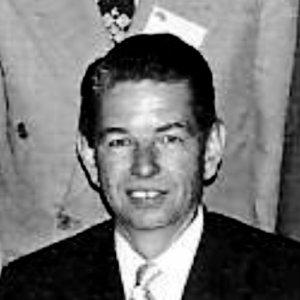 Winston Jewett